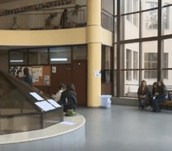 Բանասիրականի մի խումբ ուսանողներ կրկին դասադուլ են արել