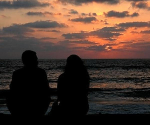 Ծովն էր, գիշերն էր, ես էի և դու… Պոեզիայի համաշխարհային օրվա առթիվ