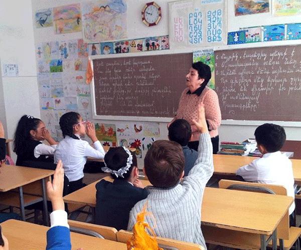 Երեխաների 15-20 տոկոսը դուրս է մնում հեռավար ուսուցման շրջանակից. փոխնախարար