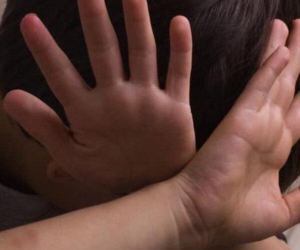 Երեխայի մահվան պատճառով ձերբակալվել են նրա մայրը, խորթ հայրը և խորթ տատը