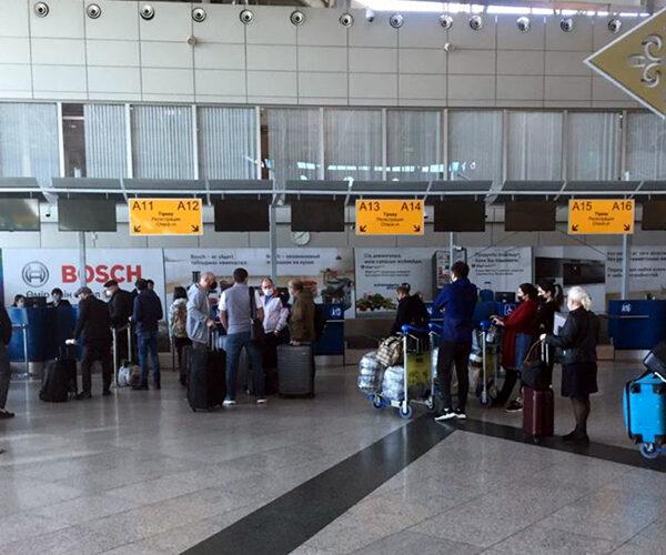 Ոստիկանությունը կոչ է անում օդանավակայան չգնալ՝ հարազատներին դիմավորելու համար