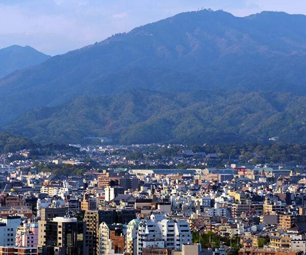 Ճապոնիայում անհայտ թռչող օբյեկտը մի քանի ժամից կորել է տեսադաշտից (տեսանյութ)