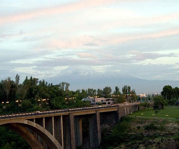 Քաղաքացին ինքնասպանություն է գործել՝ նետվելով Կիևյան կամրջից