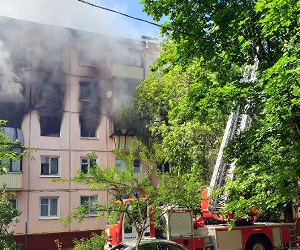 Պայթյուն եւ հրդեհ՝ Մոսկվայի շենքերից մեկում, կա 7 տուժած (տեսանյութ)