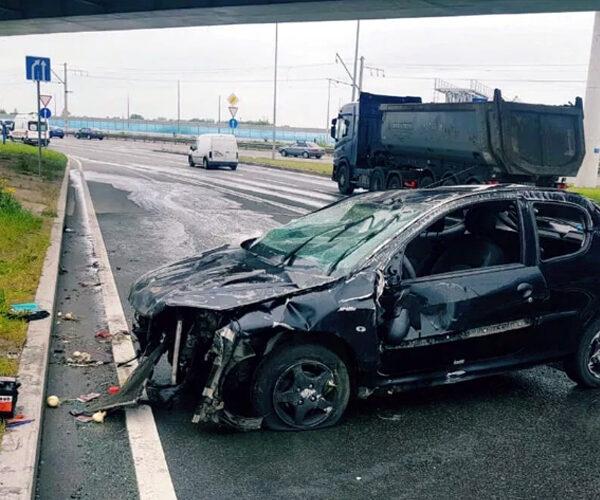 Պետերբուրգում վթարված մեքենայի ուղեւորներն օտարերկրյա ուսանողներ են եղել