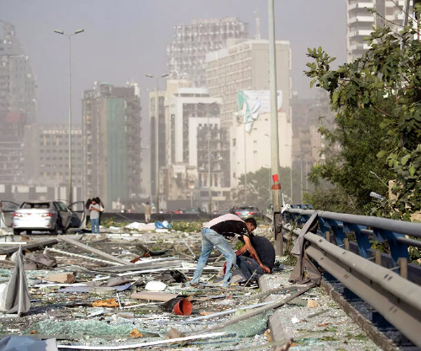 Ես չեմ գրում Pray for Beirut, ես գրում եմ «Ձեռք առ Բեյրութ». Վարուժան Ավետիքյան