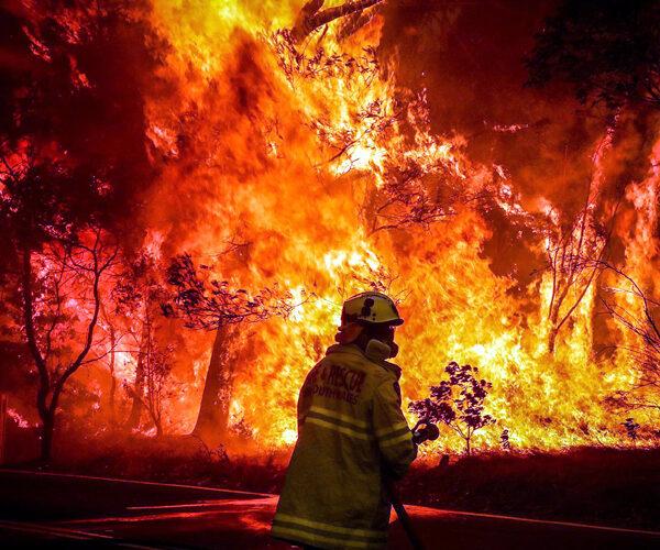 Կրակե տորնադո՝ Կալիֆոռնիայում (տեսանյութ)