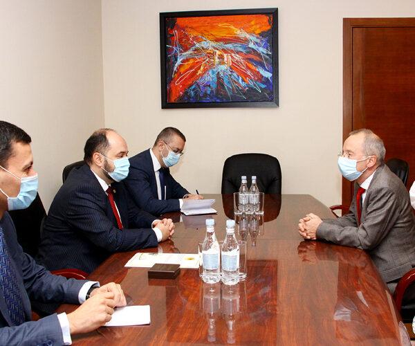 Հայաստանում ֆրանսիական համալսարանի ռեկտորը պարգևատրվել է ԿԳՄՍՆ մեդալով