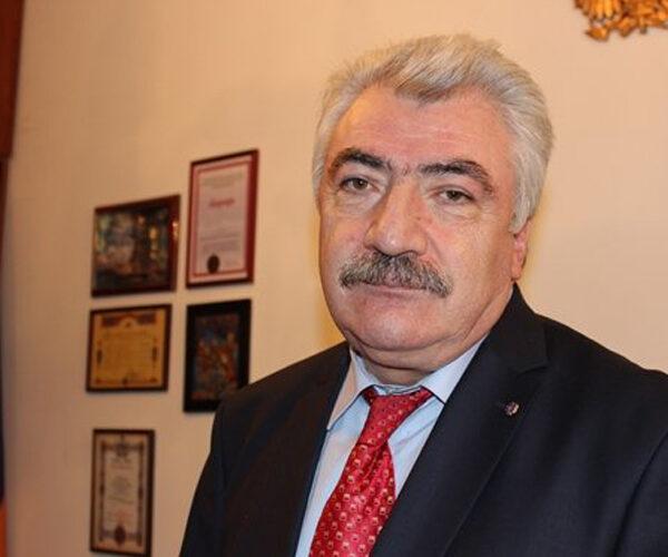 Ազգային արխիվի տնօրեն Ամատունի Վիրաբյանն ազատվել է աշխատանքից