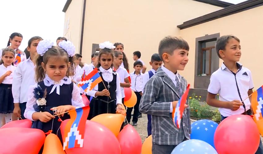 Առաջին դասարանցիներ՝ դպրոցի վերաբացմանն Արցախում