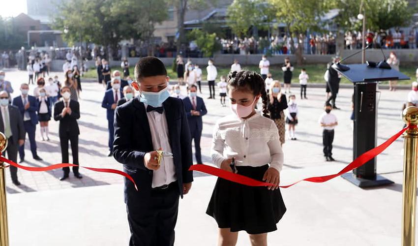 Աշակերտներ, թիվ 153 դպրոցի բացում