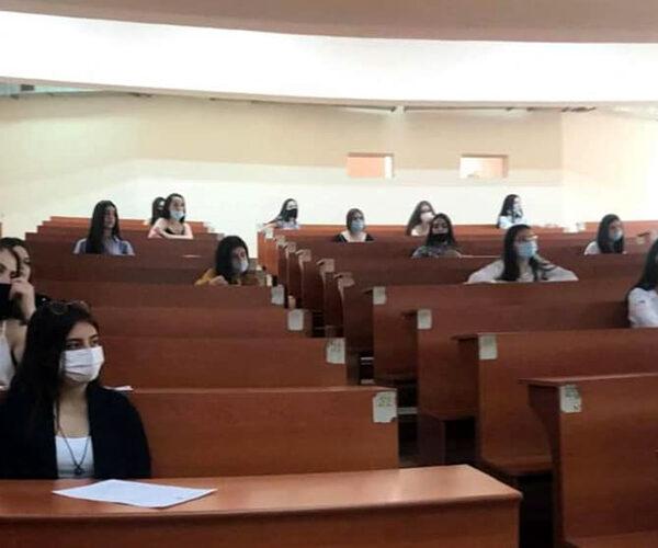 ԵՊՀ-ում վերանայվել է ուսման վարձի մասնակի փոխհատուցման վերացման որոշումը