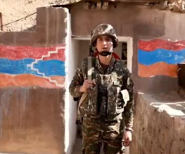 Հայկական բանակի զինվորները հորդորում են համբերատար լինել (տեսաուղերձ)