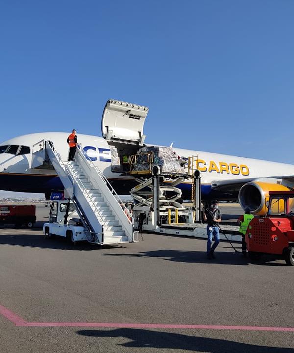 Լոս Անջելեսից հումանիտար օգնություն փոխադրող օդանավն արդեն Հայաստանում է