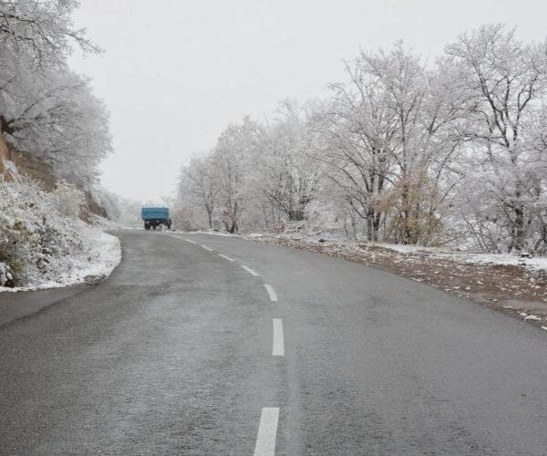 Բուք, ձյուն, մառախուղ, մերկասառույց. իրավիճակը՝ ՀՀ ճանապարհներին