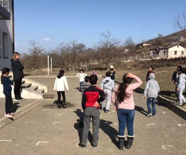 Շոշի դպրոցի և մանկապարտեզի հարակից տարածքում պետք է պարեկային հերթապահություն սահմանել. ՄԻՊ