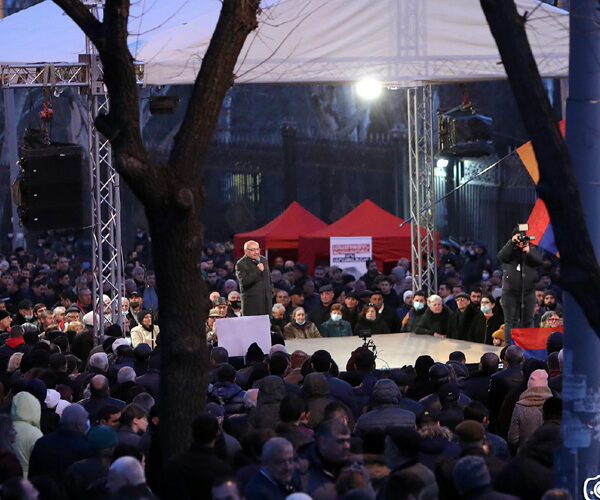 Հայրենիքի փրկության շարժումն ազատում է Դեմիրճյան փողոցը