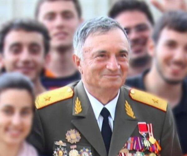 Կոմանդոսը` Հայաստանի Ազգային հերոս