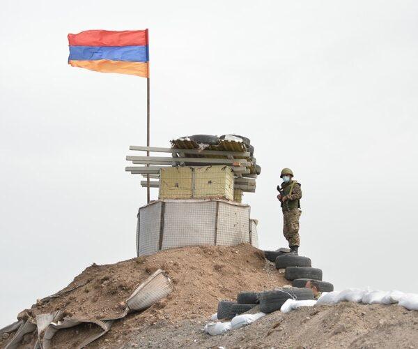 Հայկական ստորաբաժանումները չեն գնդակոծել ադրբեջանական դիրքերը. ՊՆ