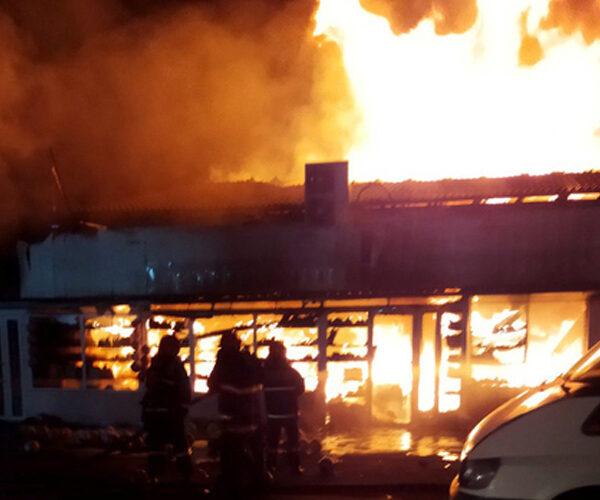 «Սուրմալու» առևտրի կենտրոնում բռնկված հրդեհը մեկուսացվել է