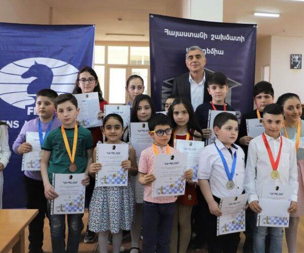 Շախմատի ակադեմիայում ավարտվել են Հայաստանի պատանիների և աղջիկների 2021 թվականի առաջնությունները
