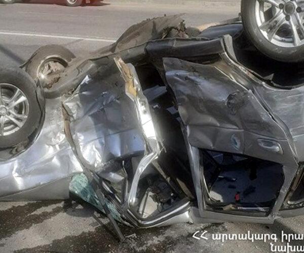 Թբիլիսյան խճուղում 3 մեքենա է բախվել