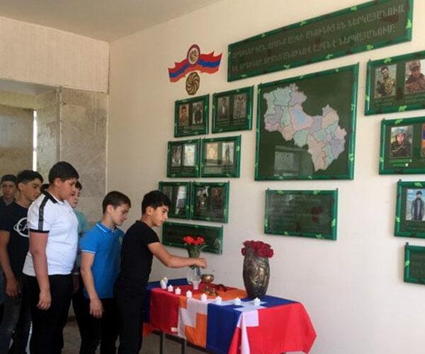 «Փառքի սրահ» ԵՕՀՊՄ քոլեջում՝ Արցախյան ազատամարտում նահատակված մարզիկ-զինվորների հիշատակին
