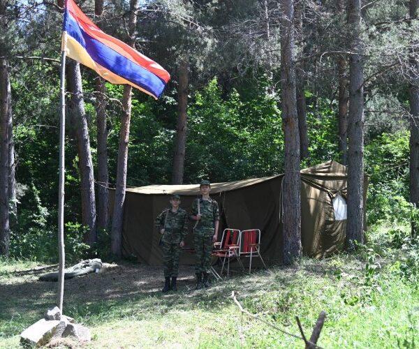 Հանքավանի «Լուսաբաց»-ում մեկնարկել է ռազմամարզական ճամբարի ծրագիրը