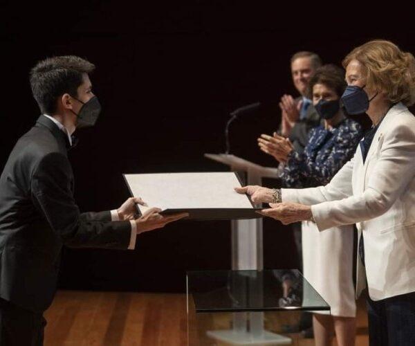 Սևան Ղարիբյանն Իսպանիայի թագուհուց ստացել է «Լավագույն ուսանող» դիպլոմ